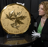 Goldraub: 100 kg Maple Leaf Goldmünze aus Bode-Museum gestohlen