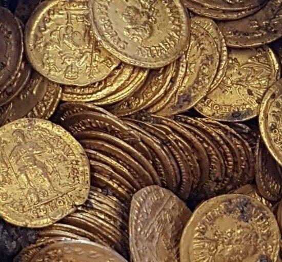 1500 Jahre alte Goldmünzen aus Norditalien dürften Millionen wert sein