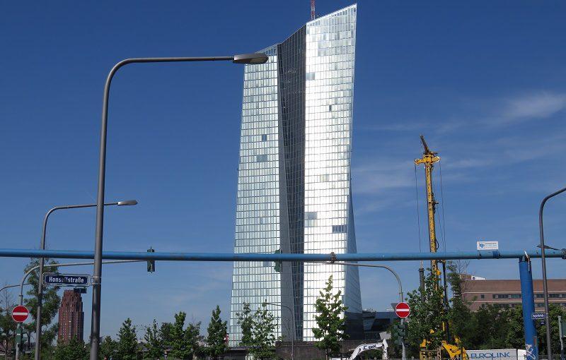 EZB kauft für 2,5 Billionen Euro Anleihen